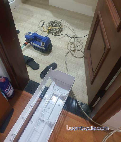 Dụng cụ vệ sinh điều hòa của Điện Máy Xanh
